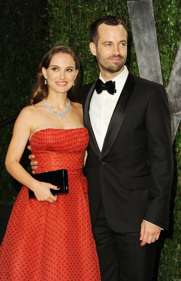 Natalie Portman e Benjamin Millepied - Agli Oscar del 2012 i due si presentano con la fede al dito. Si sono sposati? Non si sono sposati? Non confermano né smentiscono. Il matrimonio vero e proprio sarà celebrato con discrezione qualche mese più tardi, il 4 agosto.