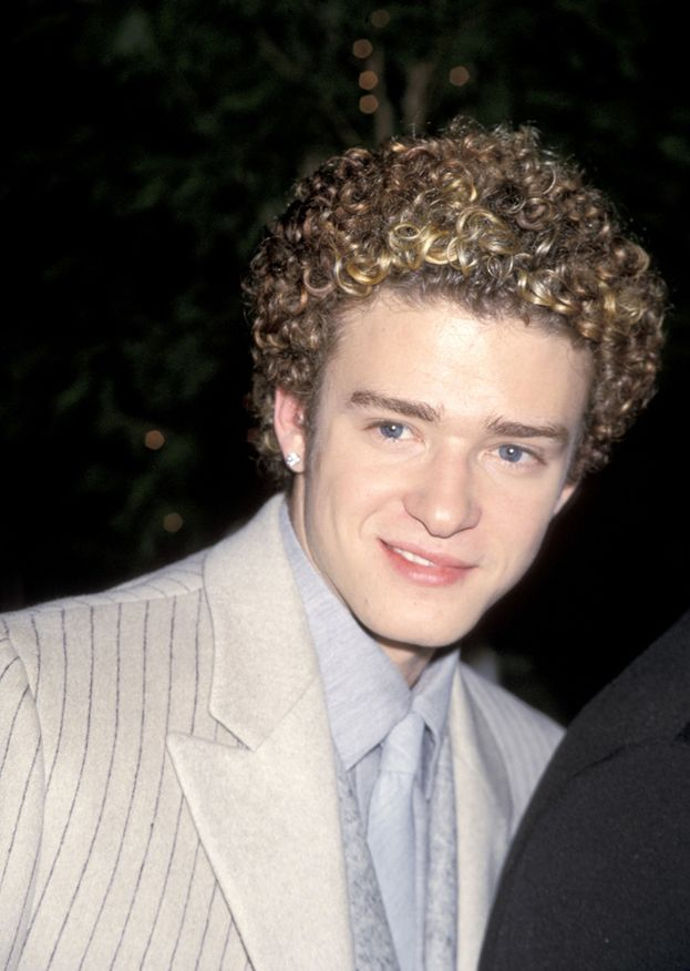 Chissà cosa pensa Justin Timberlake quando rivede le sue foto del 2000, tipo questa...