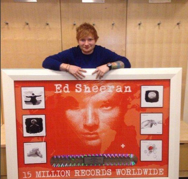 Il suo album di debutto ha venduto più di 15 milioni di copie in tutto il mondo