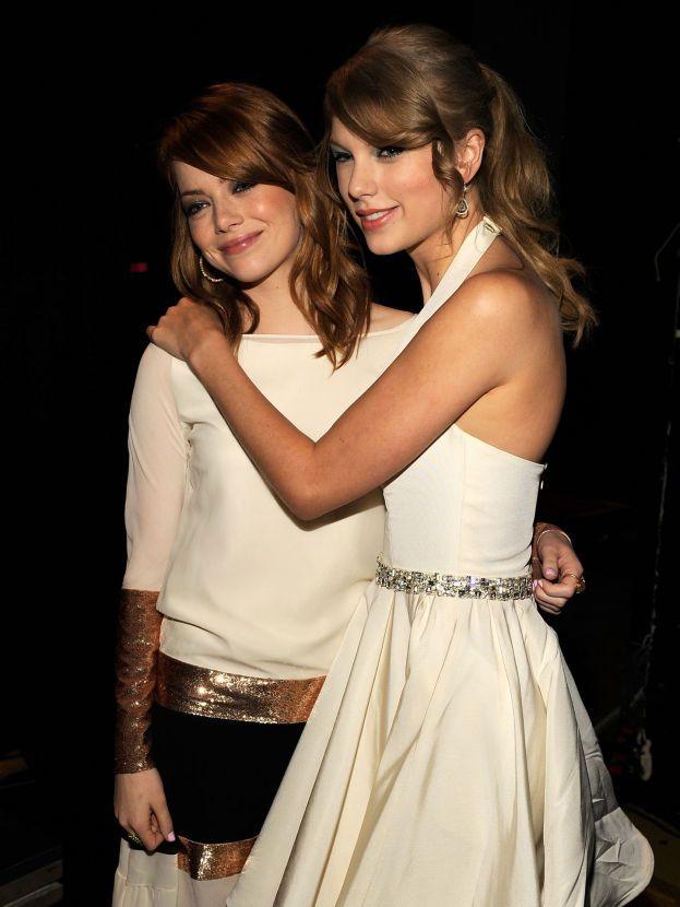Emma Stone: fuori. Gli avvistamenti insieme a Taylor si fermano al 2014.