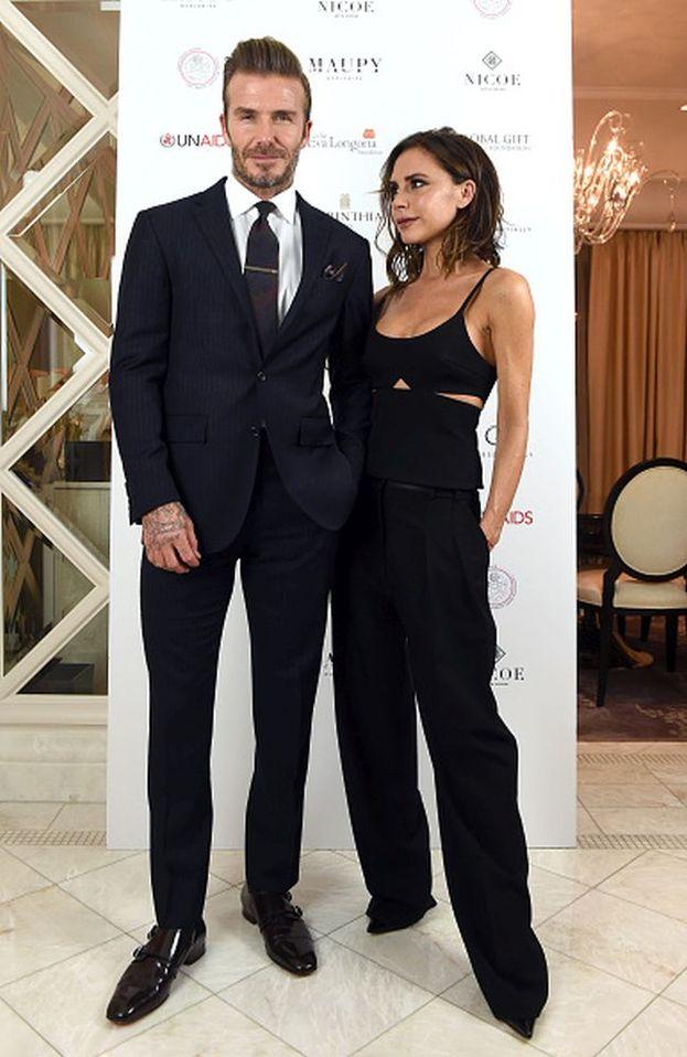 """Sono la rappresentazione umana del vero amore e tutto è iniziato da una cotta celebre! David Beckham ha ammesso di aver guardato a ripetizione il video di """"Say You'll Be There"""" proprio perché c'era Victoria!"""
