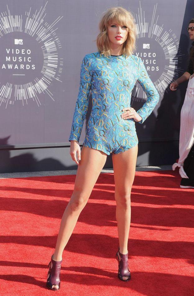 Taylor Swift è andata a scuola da Angelina.