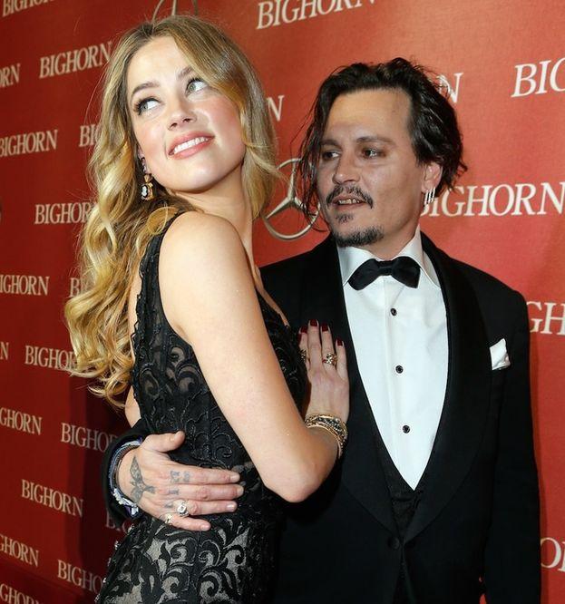 Johnny Depp: 2 volte. Lori Anne Allison e Amber Heard