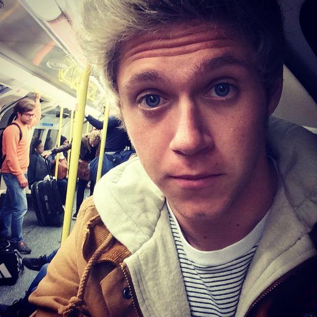 2014, anche Niall prende la metropolitana