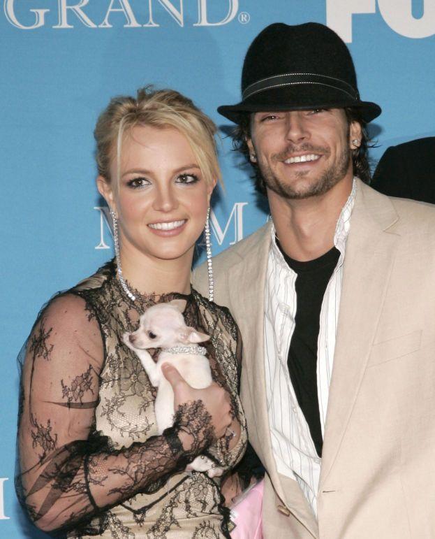 Britney Spears e Kevin Federline - Siamo nel lontano 2004: 27 ignari invitati vanno a quella che pensano sia la festa di fidanzamento di Brit e Kevin in una villa di Los Angeles, ma - sopresa - scoprono che in realtà è il loro matrimonio. Fregati!