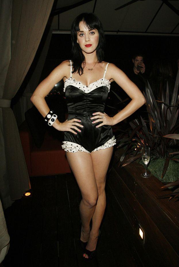 E voilà, il body diventa un abito da sera (2008)
