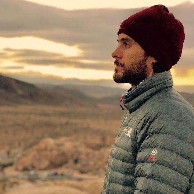 """Jared Leto: """"La felicità è come il tempo. A volte piove, a volte c'è il sole: devi continuare per la tua strada e accettare quello che ti trovi davanti""""."""