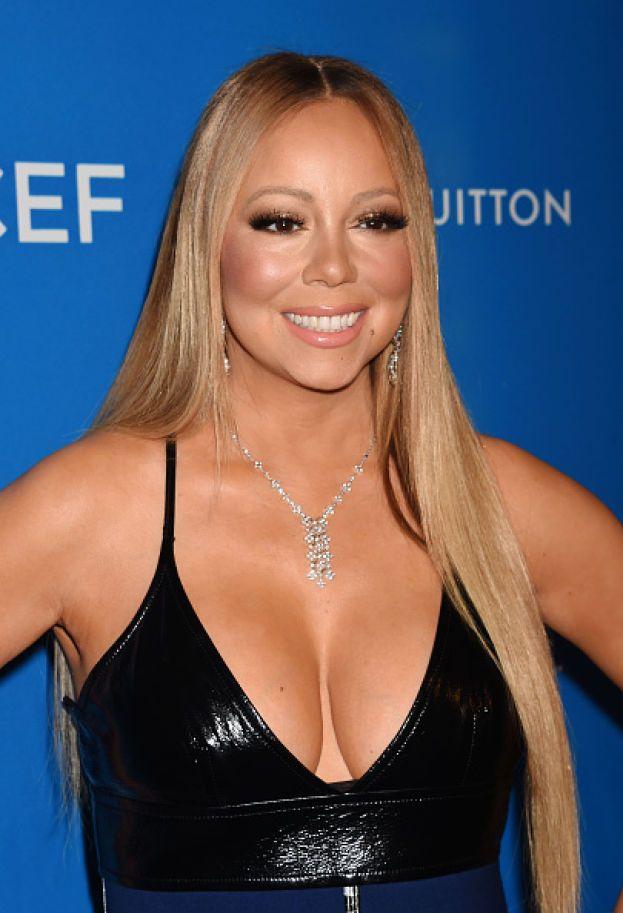 """Mariah Carey - È una diva e si comporta da tale anche a costo di rendere la vita impossibile agli altri. Un esempio: ingaggiata per un cameo nel film """"Casa Casinò"""", si è presentata con quattro ore di ritardo, non ha voluto girare la scena concordata e si è messa a fare richieste assurde al regista. Un altro attore che era sul set ha definito il suo comportamento """"poco professionale e al limite dell'offensivo"""". E alla fine la scena non è stata inclusa nel film."""