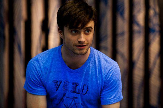 Daniel Radcliffe – Nel 2009 ha donato una grossa feta del suo conto in banca a un'associazione che offre supporto psicologico alle persone LGBT.