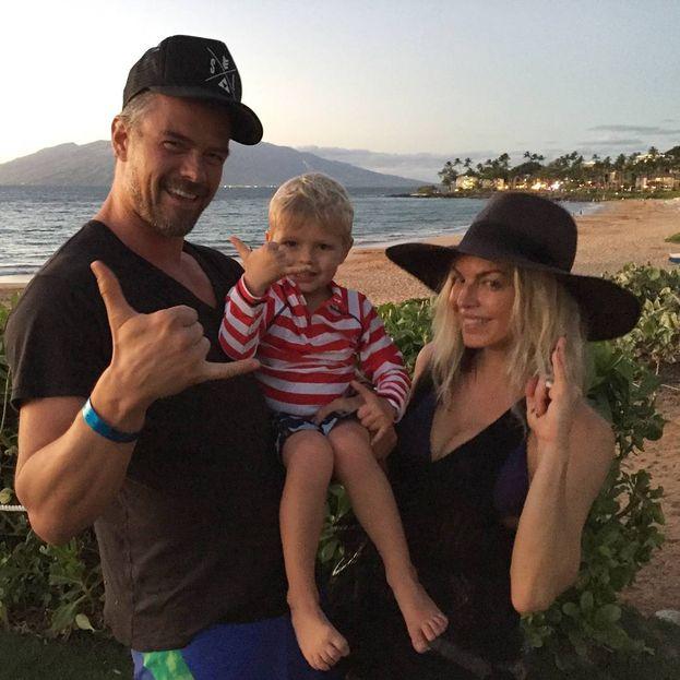 Con Josh Duhamel, Fergie si è portata a casa un gran pezzo di marito, che poi si è pure rivelato un padre esemplare quando è nato Axl Jack.