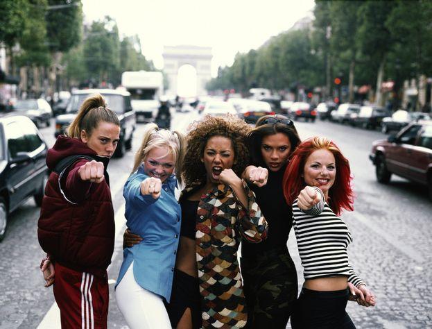 Manca ancora la conferma ufficiale, ma sembra proprio che nel 2018 vedremo la reunion delle Spice Girls - Victoria Beckham compresa!