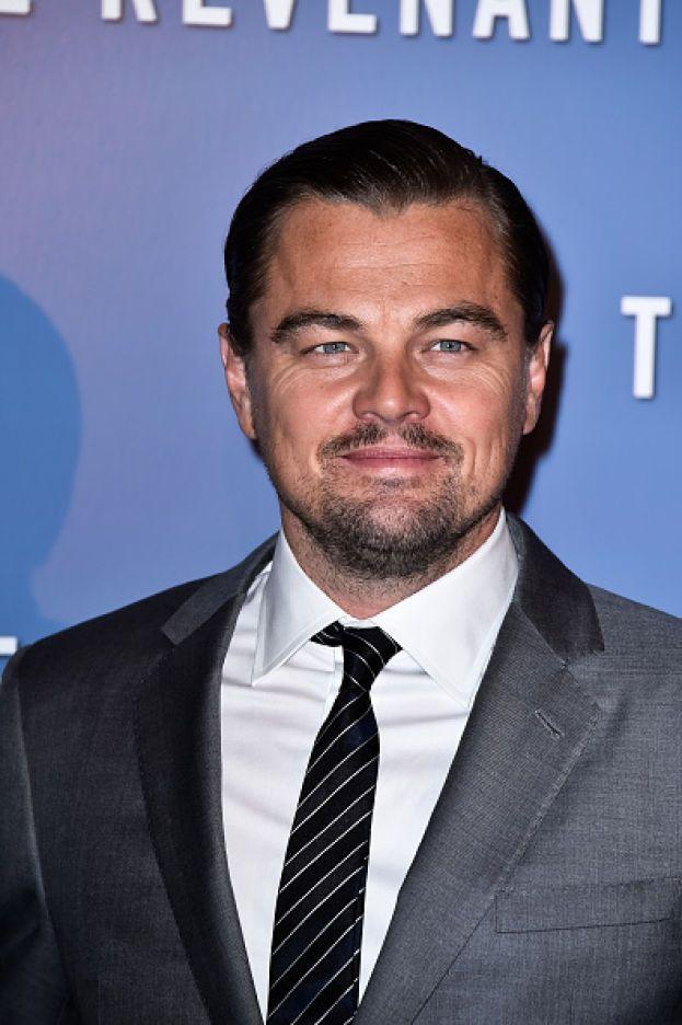 Leonardo DiCaprio è cresciuto a Los Angeles in un quartiere povero e malfamato, circondato da droga e prostituzione.