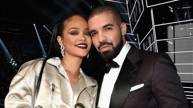 Drake la inseguiva da anni, lei si negava, poi finalmente è scoccata la scintilla. Wow! E invece passano pochi mesi e a ottobre il flirt è già in archivio.