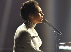 Alicia Keys + Kaiser Chiefs
