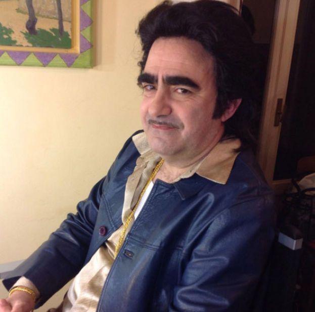 Elio – Stefano Belisari, il geniale cantante delle Storie Tese, è laureato in Ingegneria Elettronica al Politecnico di Milano.