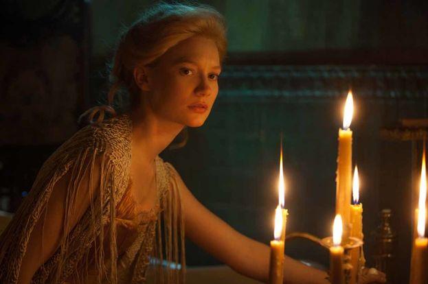 """Mia Wasikowska - Grazie sopprattutto ai due film di Alice e a """"Crimson Peak"""", è già una delle attrici più ricercate di Hollywood."""