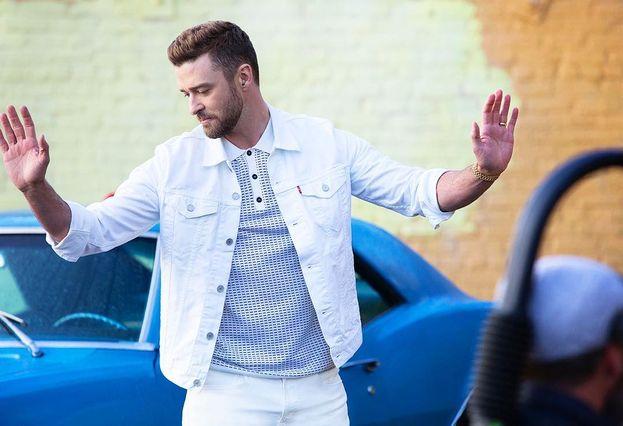 """Justin Timberlake: 11. I suoi video top, entrambi con due Moonman, sono """"Cry Me A River"""" (2003) e """"Mirrors"""", che si aggiudica il Video Of The Year nel 2013 - e già che c'è, quell'anno Justin si porta a casa un totale di quattro premi."""