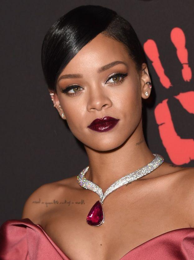 Fuori dalla top 10 Rihanna, che però è prima per la forma del viso.
