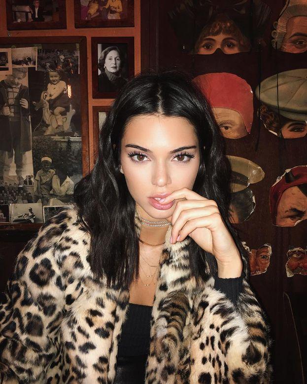 10. Kendall Jenner – 69,8 milioni di follower. Ha ancora un paio di sorelle davanti, ma è già in top 10!