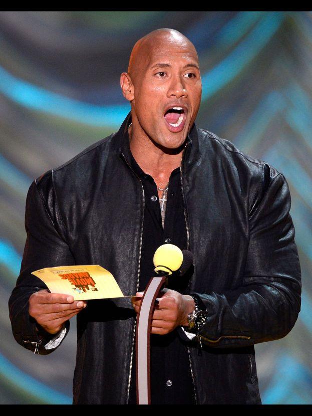 Dwayne Johnson – The Rock non è tutto muscoli e niente cervello: nel 1995 si è laureato in Criminologia e Fisiologia all'Università di Miami.