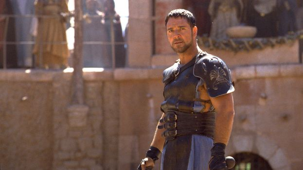 """Ecco Russell Crowe ai tempi de """"Il gladiatore"""" (2000)"""