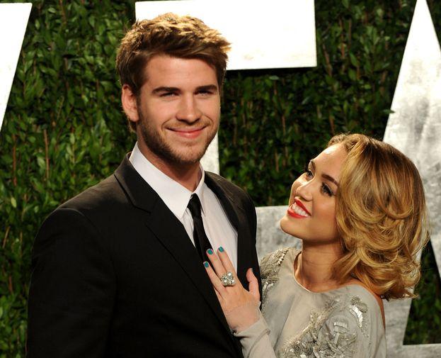 Miley Cyrus e Liam Hemsworth - Quando hanno rotto il fidanzamento nel 2013 ci siamo rimasti tutti malissimo. Ma i Liley ovviamente non potevano finire lì e sono tornati insieme più carini che mai. Basta scherzi, però!