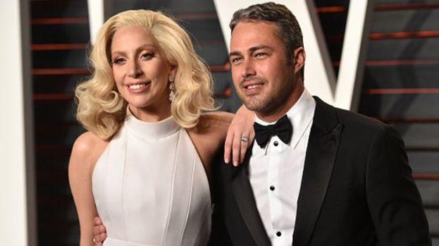 Non sono bastati 5 anni insieme e nemmeno un diamante a forma di cuore: anche Taylor Kinney e Lady Gaga sono scoppiati :(