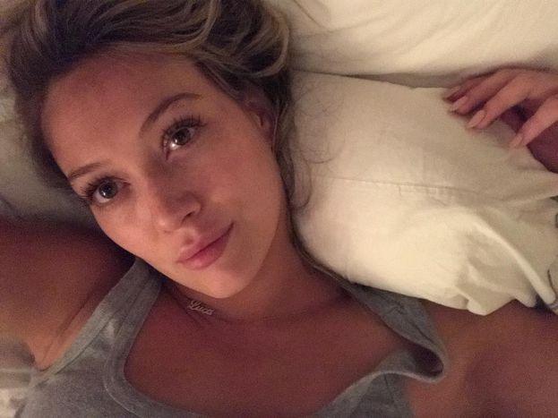 Hilary Duff ha raccontato che il peggior appuntamento della sua vita è stato con... Shia LaBeouf! Purtroppo non ha rivelato i dettagli del disastro :(