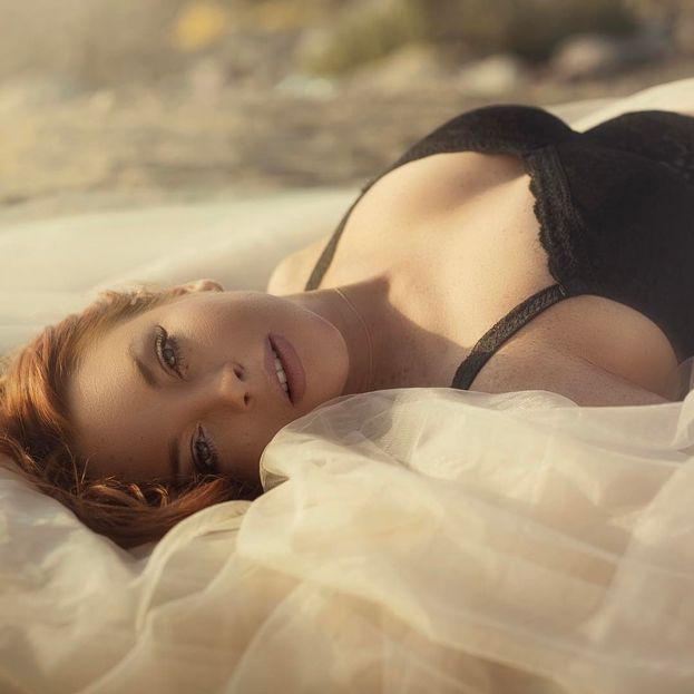 Lindsay Lohan - Si è pubblicamente definita bisessuale. In mezzo a un curriculum lunghissimo dei bei ragazzi, spicca la storia di due anni con la dj Samantha Ronson.