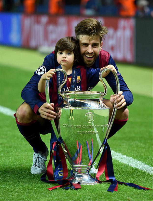 Gerard Piqué, padre di Milan e Sasha, avuti dalla compagna Shakira.