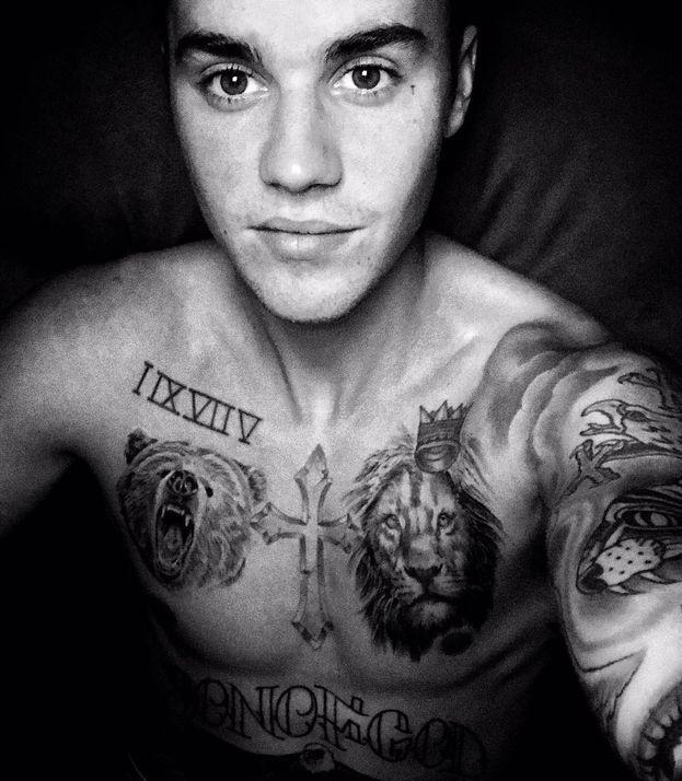Justin Bieber è stato più volte al centro di bufale e morti inventate. Come quella volta che si sparse la voce che era rimasto ucciso in una sparatoria fuori da una discoteca di New York.