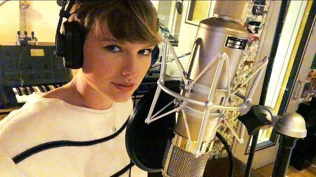 """Taylor Swift al lavoro su """"Reputation"""""""
