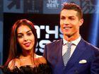 É oficial: Cristiano Ronaldo assume namoro com Georgina Rodriguez na Gala da FIFA!