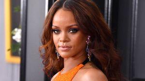 E a Rihanna, que recebeu o prémio de estrela mais humanitária do ano?