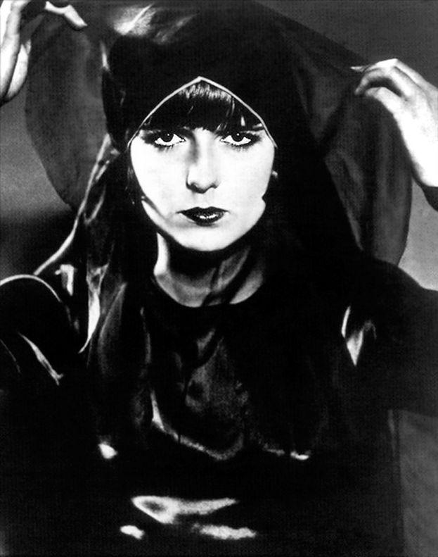 Bonus: 'La caja de Pandora (Lulú)' (1920)