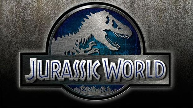 Junio: 'JURASSIC WORLD'