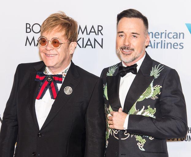 8. Elton John y David Furnish
