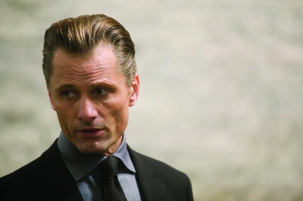 Nikolai (Viggo Mortensen)