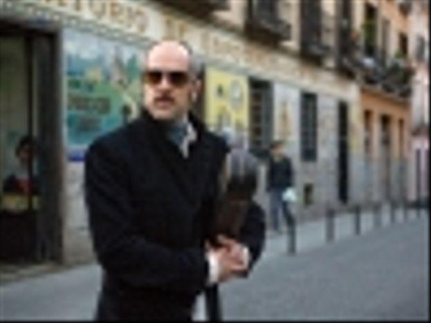 'LOS LÍMITES DEL CONTROL' (2009)