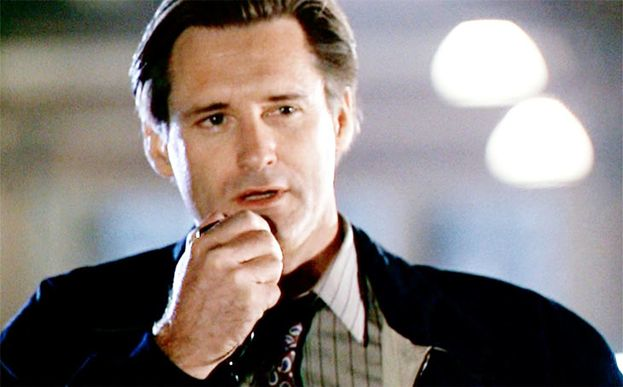 Thomas J. Withmore (Bill Pullman)