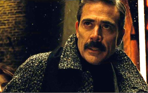 Jeffrey Dean Morgan como Thomas Wayne