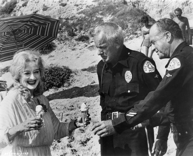 Bette Davis (¿Qué fue de Baby Jane? Robert aldrich, 1962)