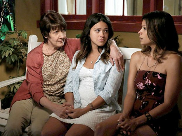 'JANE THE VIRGIN' (The CW)