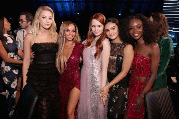 Il cast femminile di Riverdale