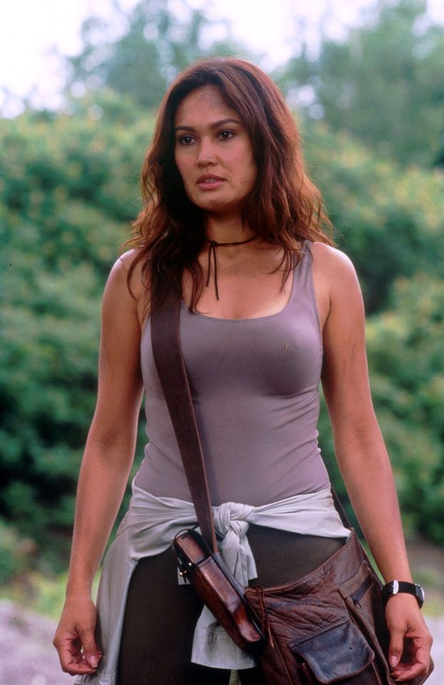 "Tia Carrere (Sydney Fox di ""Relic Hunter"") - Ieri"