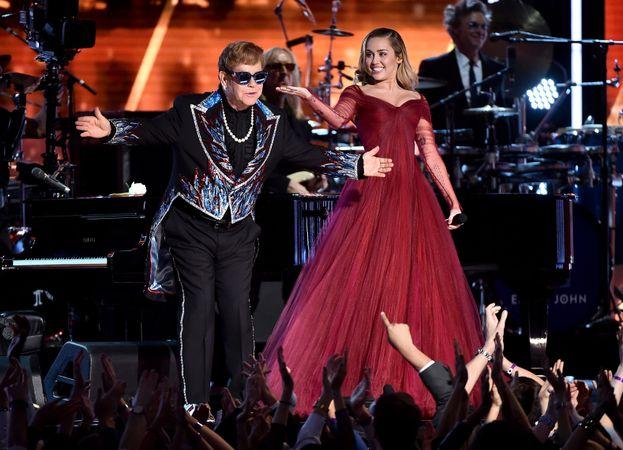 Elton John e Miley Cyrus