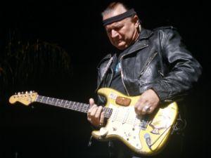 Addio a Dick Dale, il chitarrista che apre Pulp Fiction