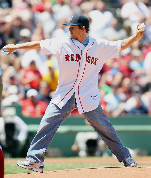 Mark Wahlberg - le squadre di Boston: Red Sox (baseball), Patriots (football) e Celtics (basket)