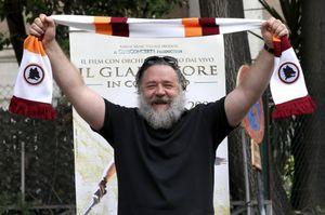 Russell Crowe: le foto a Roma per le proiezioni evento de Il gladiatore