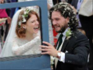 Kit Harington e Rose Leslie: nozze con il cast di Game of Thrones presente